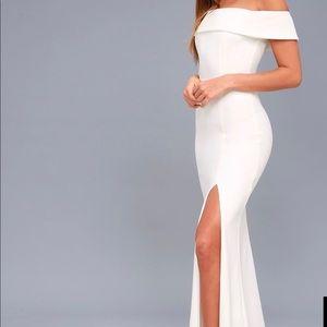 Long strapless white dress with slit